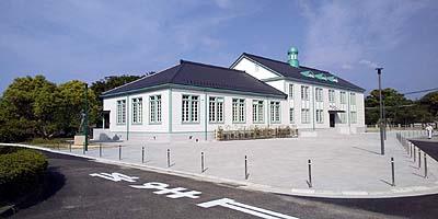 改修された滋賀大学彦根キャンパス講堂